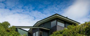 Korokoro Bush House by Parsonson Architects in New Zealand